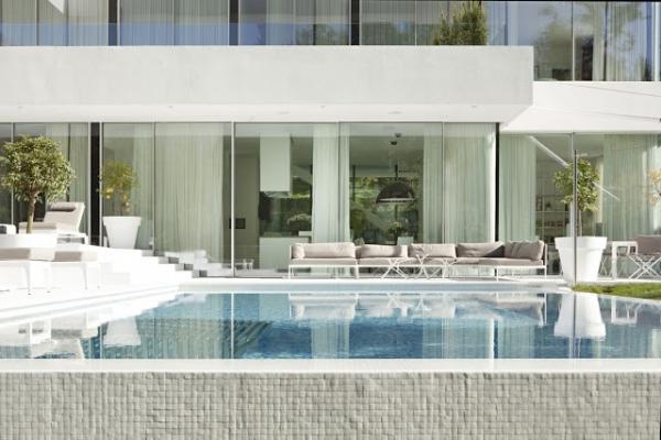 white-villa-4