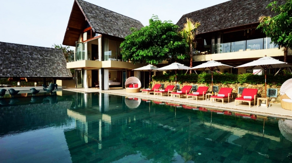 Natural elements and colors stun at this exotic retreat (1)