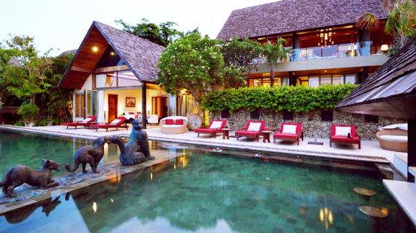 Natural elements and colors stun at this exotic retreat (21)