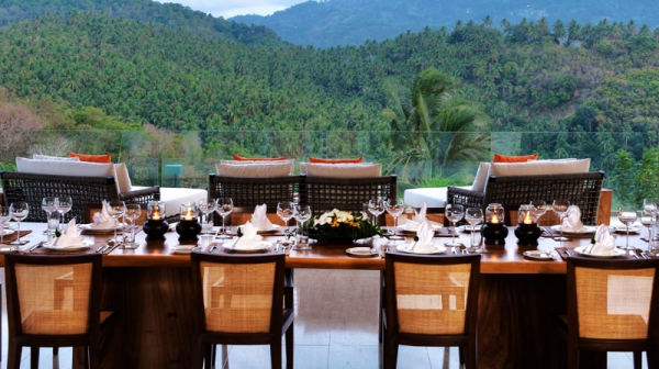 Natural elements and colors stun at this exotic retreat (24)