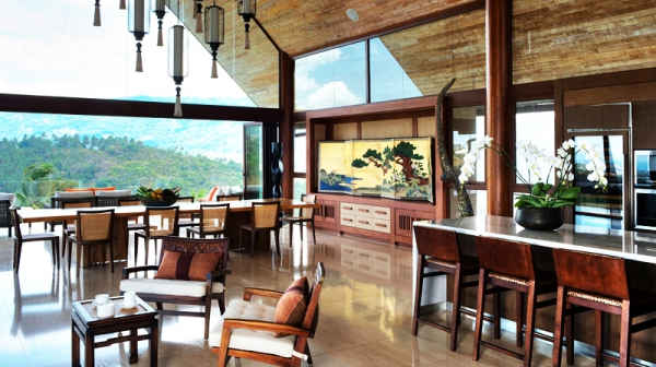 Natural elements and colors stun at this exotic retreat (26)