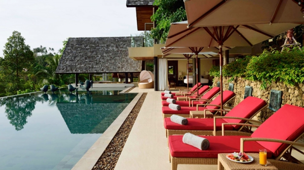 Natural elements and colors stun at this exotic retreat (3)