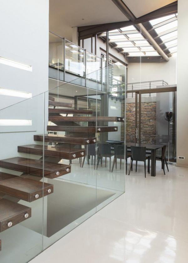 spacious modern house (10)