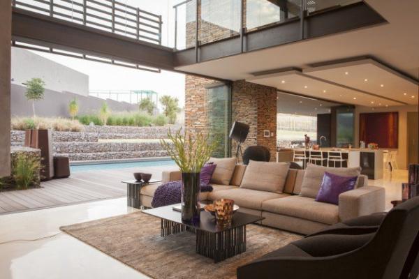 spacious modern house (3)