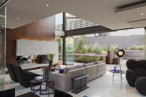spacious modern house (5)