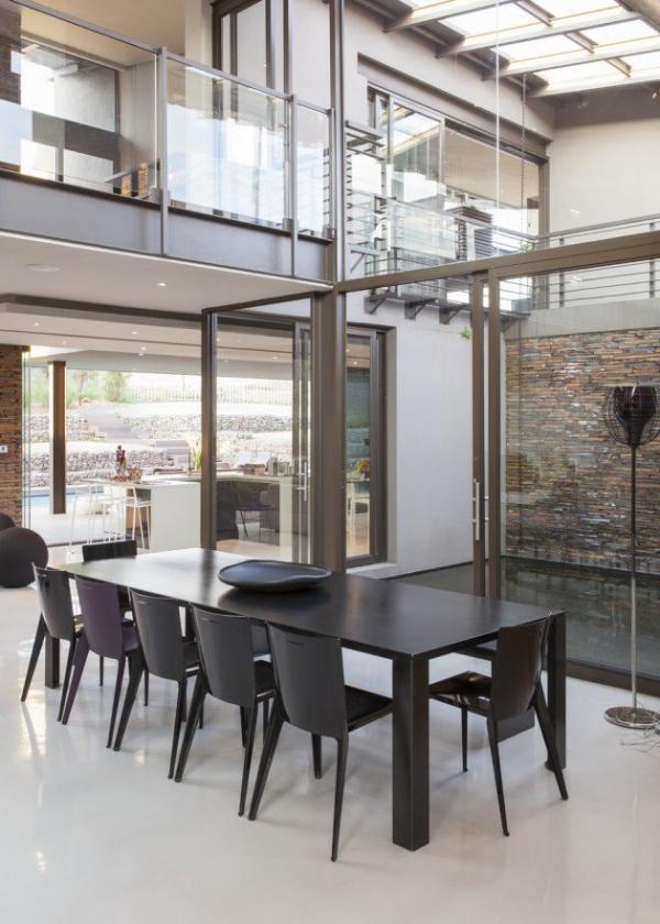 spacious modern house (8)