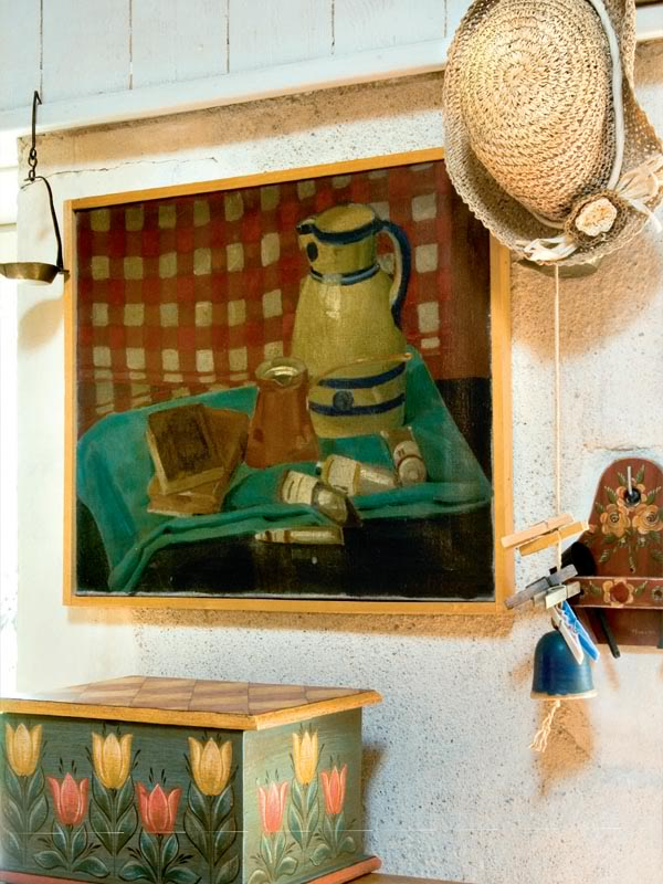 painted-interior-of-a-retro-house-in-france-5