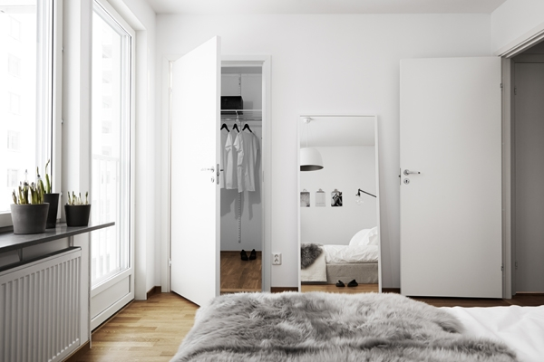Pella Hedebys minimalist design Adorable Home