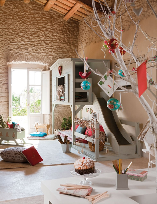 perfectly-festive-childrens-room-for-the-holidays-1
