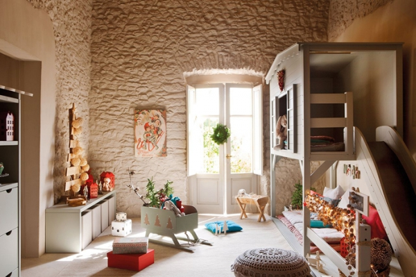 perfectly-festive-childrens-room-for-the-holidays-2