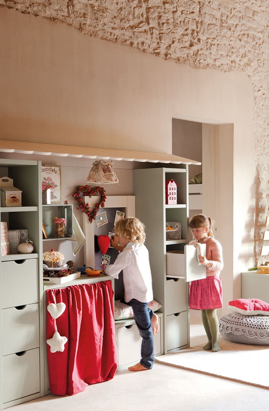 perfectly-festive-childrens-room-for-the-holidays-3