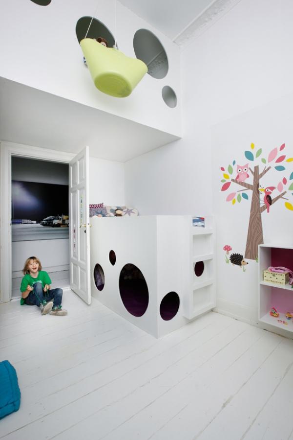playful-kids-room-design-3