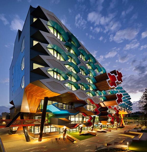 playful-university-architecture-1