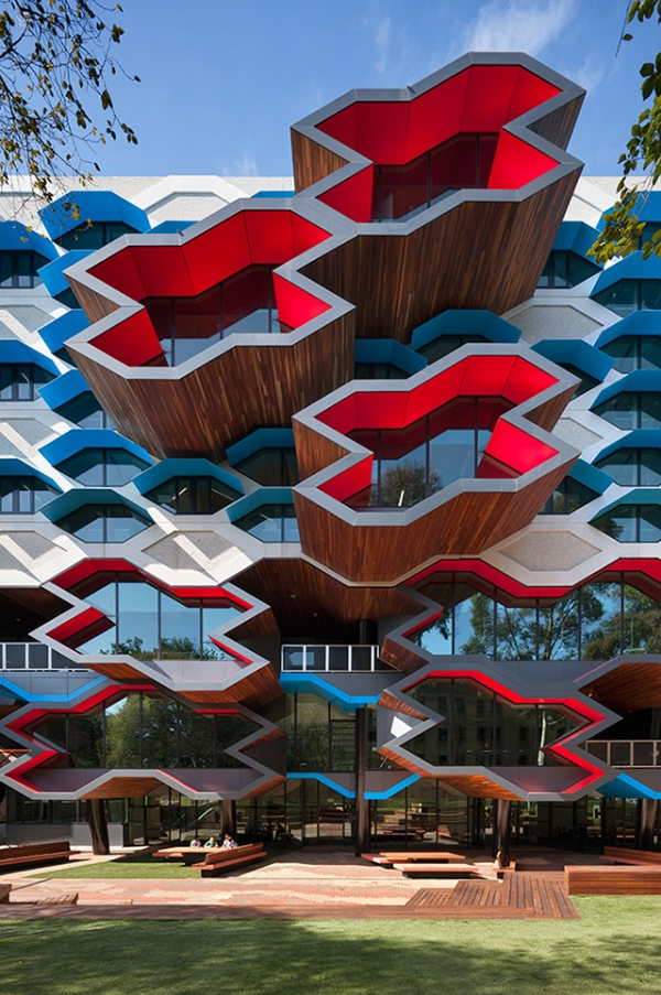 playful-university-architecture-2