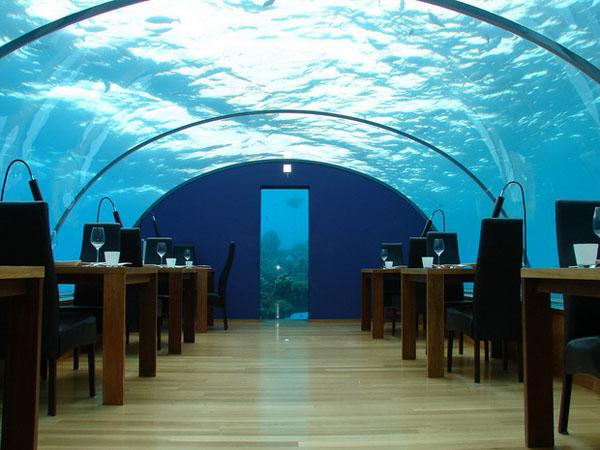 poseidon-undersea-resort-5