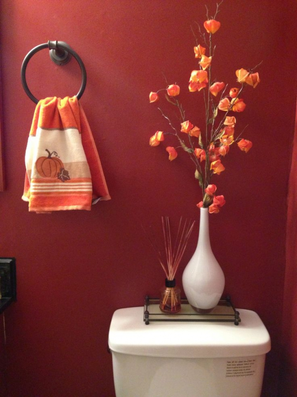 Decorating Your Bathroom For Fall : Quick and pretty toilet decor adorable home