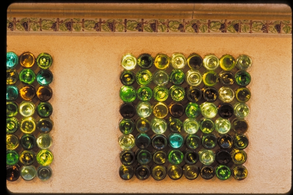 recycled-wine-bottles-with-style-12