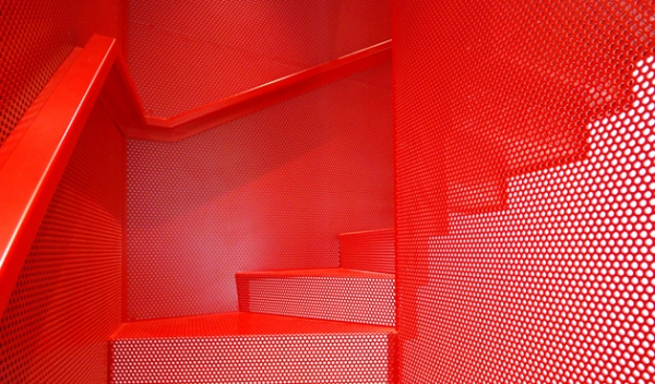 suspended staircase design (5).jpg