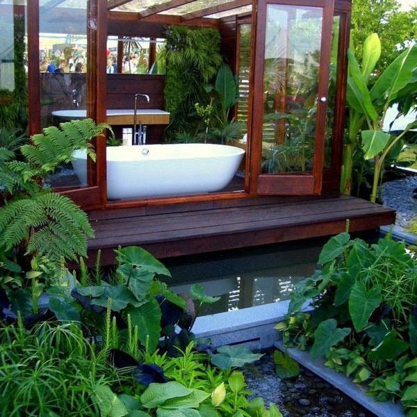 relax-in-a-garden-bathroom-1