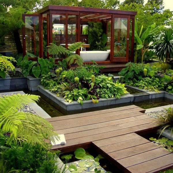 Relax in a garden bathroom - Adorable Home