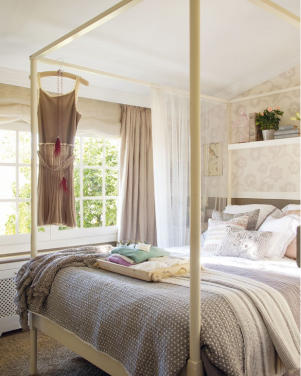 relax-in-comfort-in-this-lovely-bedroom-1