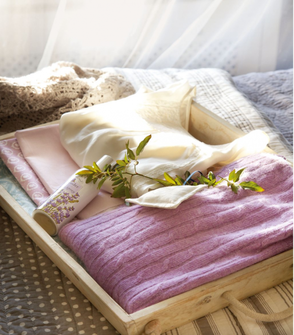 relax-in-comfort-in-this-lovely-bedroom-3
