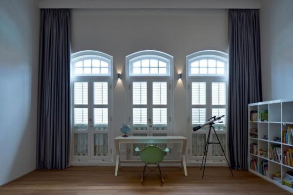 contemporary spacious home (10)