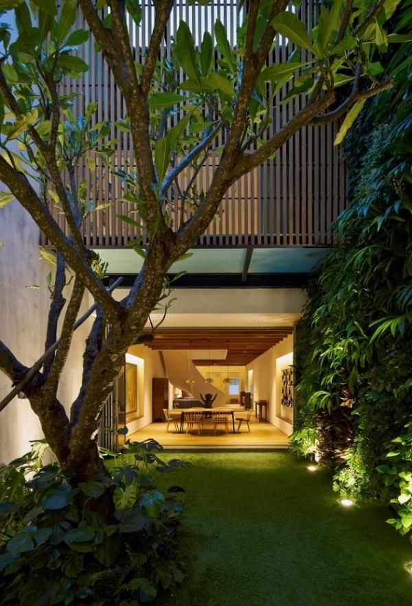 contemporary spacious home (12)