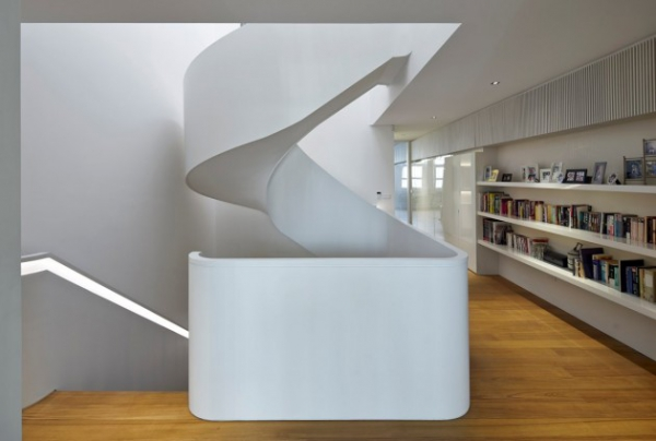 contemporary spacious home (9)