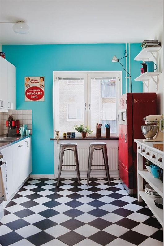 Restyle with retro kitchen tiles 12