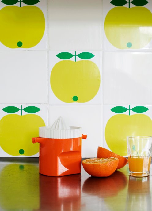 Restyle with retro kitchen tiles 15