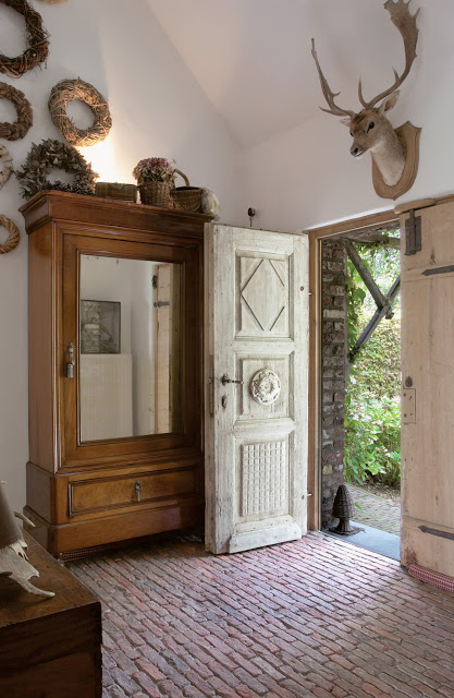 retro-county-house-in-belgium-10