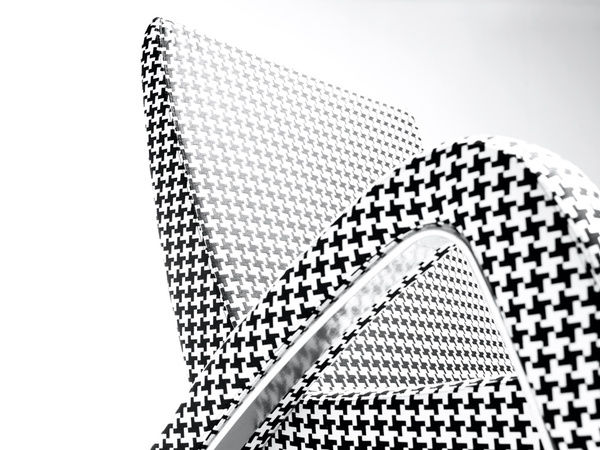 retro-futuristic-chair-design-1