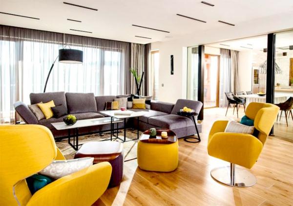 spacious modern apartment (4).jpg
