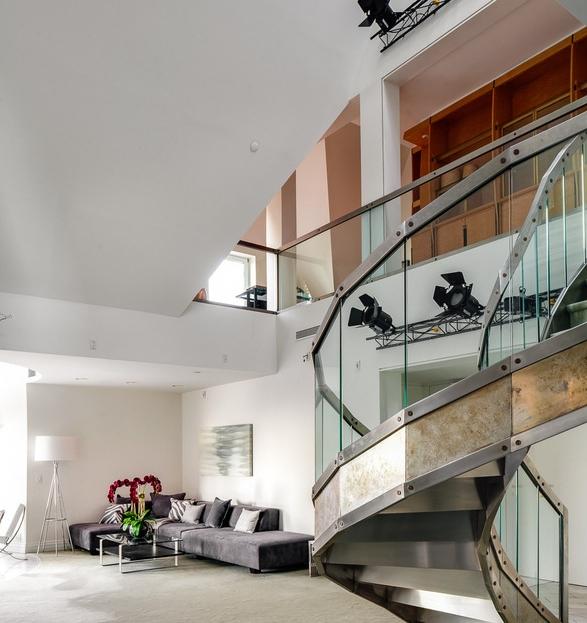 riverside-triplex-apartment-2