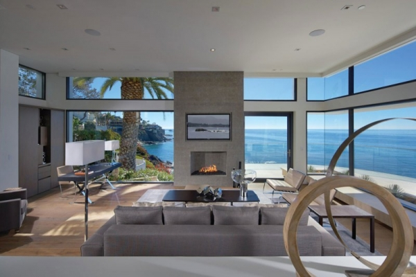 rockledge luxury family beach house in laguna beach 3jpg - Luxury Beach Home Interiors