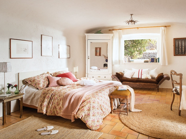 romantic-dwellings-rustic-charm-with-a-feminine-touch-9