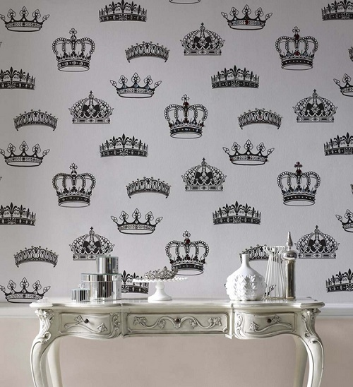 royal-wallpaper-decoration-1