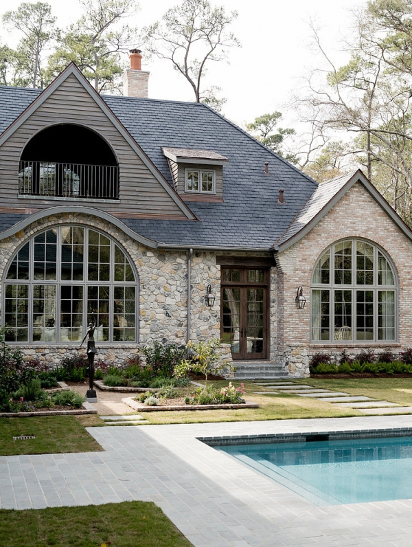 Rustic houston home with beautiful royal d cor adorable home for Beautiful homes in houston