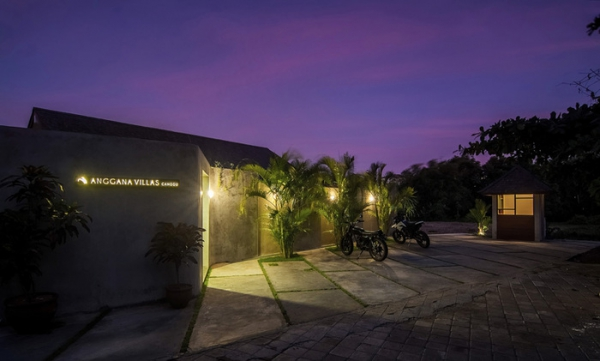 modern tropical villa in Bali (8).jpg