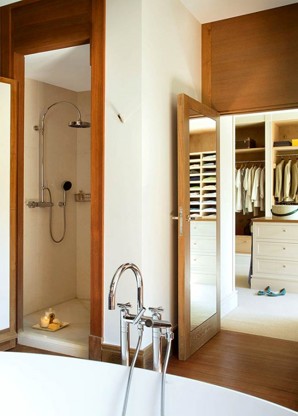 simple-and-beautiful-wood-bathroom-12