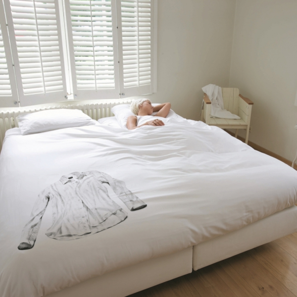 simple-but-cute-bedding-that-still-makes-a-fun-statement-8