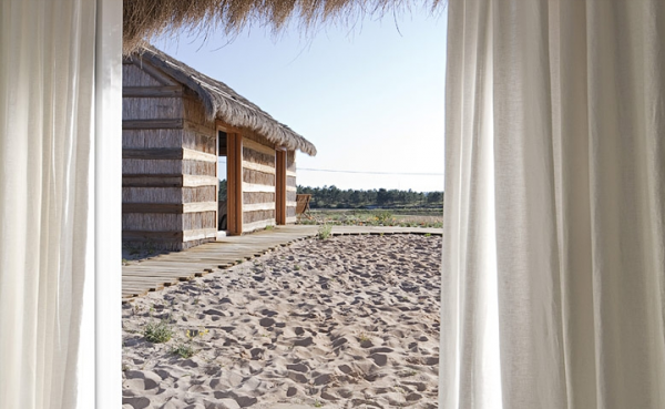 simply-elegant-beach-cottages-in-portugal-2