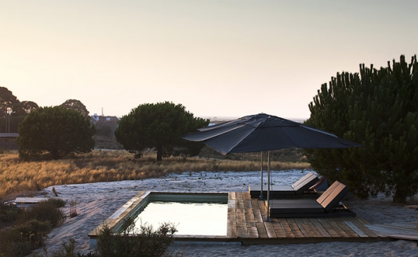 simply-elegant-beach-cottages-in-portugal-7