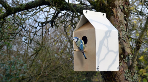 sustainable birdhouses by Jam furniture (1)