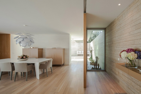 single-storey-house-in-portugal-will-blow-your-mind-6