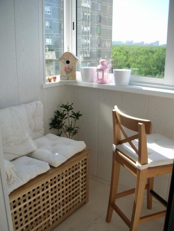 Small Balcony Design Ideas to Invigorate & Inspire (17).jpg