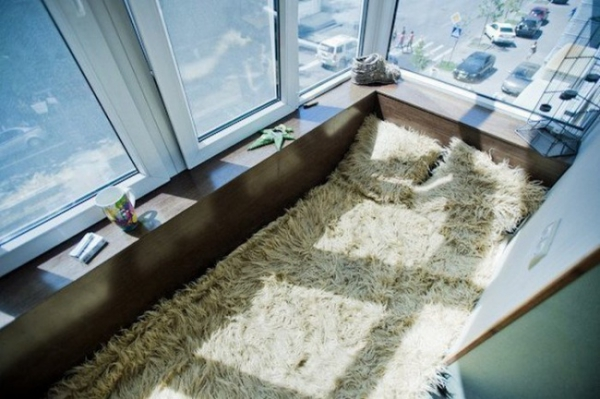 Small Balcony Design Ideas to Invigorate & Inspire (20).jpg