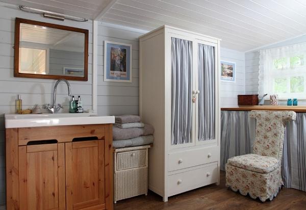 small-beach-house-16