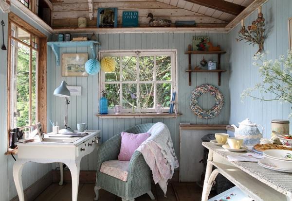 small-beach-house-3